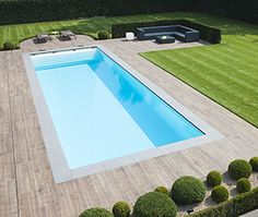 Pool Pavers, Swimming Pool Landscaping, Swimming Pool Designs, Backyard Pool Designs, Small Backyard Pools, Pool Landscape Design, Pool Colors, Pool Water Features, Swiming Pool