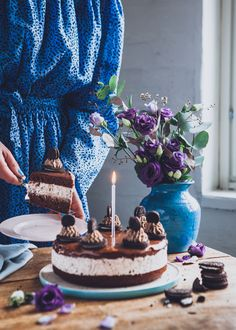 Oreo suklaakakku I Kakku I Suklaa I Leivonta I Leivonnainen I Resepti I Ohje I Oreo chocolate cake Nutella, Chocolate Oreo Cake, Pistachio Cake, Bowl Cake, Cereal Recipes, Vanilla Sugar, Savoury Cake, Cake Mold, No Bake Desserts