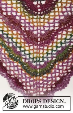 167-20 Summer Fling - free crochet triangular shawl pattern from Drops Design. 4ply.