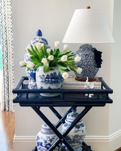 Blue And White Living Room, White Rooms, Formal Living Rooms, Living Room Decor, Southern Living Rooms, Estilo Joanna Gaines, Home Decoracion, Chinoiserie Chic, Blue And White China