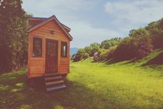 Can't make it in person? Here's a virtual Design/Build/Downsize – Tiny House Workshop! | Tiny Homes