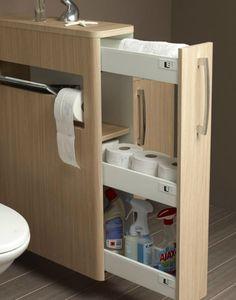 A beépített szekrénnyel és tárolóval nem lehet mellé nyúlni. De ez a megoldás térelválasztónak is tökéletes