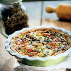 Mustatorvisieni-lohipiiras Quiche, Stuffed Mushrooms, Breakfast, Food, Stuff Mushrooms, Morning Coffee, Essen, Quiches, Meals