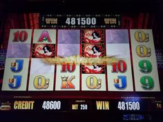 A Super Big Win Bonus On The Classic Slot Machine Road