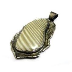 krzemień pasiasty,srebro,surowy,szarości,beż - Wisiory - Biżuteria