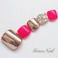 Pretty Pedicures, Pretty Toe Nails, Cute Toe Nails, Toe Nail Art, Chrome Nails, Matte Nails, Pink Nails, Feet Nail Design, Toe Nail Designs