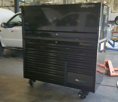 Just got it in Snap On Epiq 68 inch all black on black. Waiting to complete carbon fiber wrap on some of it for added paint protection and custom look as well. Tool Box Storage, Locker Storage, Carbon Fiber Wrap, Car Detailing, Benches, Waiting, Home Appliances, Paint, Metal