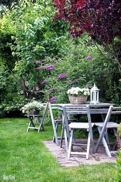 My inner landscape | Outdoor dining space