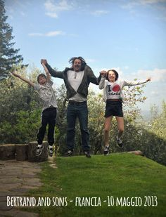 Bertrand and his sons jump for Forestaria in Tuscany