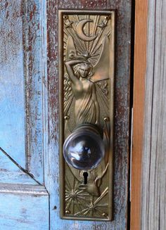 Door knobs and knockers, knobs and handles, door handles, portal, art nouve Door Knobs And Knockers, Knobs And Handles, Door Handles, Art Nouveau, Art Deco Door, Jugendstil Design, Modernisme, Unique Doors, Door Accessories