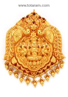 Totaram Jewelers Online Indian Gold Jewelry store to buy Gold Jewellery and Diamond Jewelry. Buy Indian Gold Jewellery like Gold Chains, Gold Pendants, Gold Rings, Gold bangles, Gold Kada Gold Ring Designs, Gold Bangles Design, Gold Earrings Designs, Gold Jewellery Design, Necklace Designs, Coral Jewelry, India Jewelry, Pendant Jewelry, Diamond Jewelry