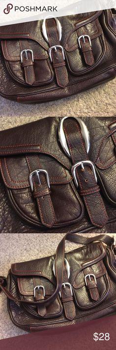 ❤️💕Bcbg leather brown bag❤️💕 Leather brown bcbg strap bag with orange lining and orange inside lots of pockets BCBG Bags Shoulder Bags