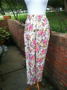 Vintage Flowered Print High Waist Pull On Pant By Bonjour