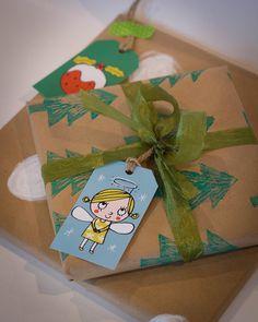 Printable Christmas gift tags by PetitRigolo