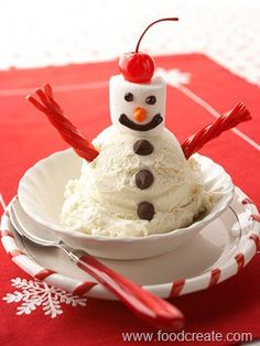 Snowman Sundae: LOVE his arms! lol