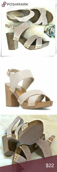 """Ruthie sandals. Details: heel 3-1/2"""", platform 1/2"""", fits TTS, but some might find front straps a bit narrow. The shoe doesn't have ball of the foot cushioning. Shoe Dazzle Shoes Sandals"""