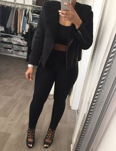 All black outfit Outfits Otoño, Cool Outfits, Fashion Outfits, Grunge, Hipster, All Black Outfit, Black Outfits, Kawaii, Pinterest Fashion