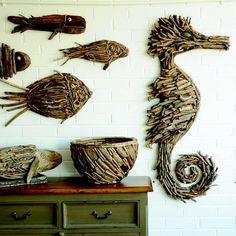 Driftwood Seahorse, Driftwood Wall Art, Driftwood Projects, Driftwood Sculpture, Driftwood Ideas, Beach Wood, Beach Art, Metal Leaf Wall Art, Rama Seca