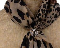 Prsteň na šatku - luxury s perlami Tie, Luxury, Accessories, Fashion, Moda, Fashion Styles, Cravat Tie, Ties, Fashion Illustrations