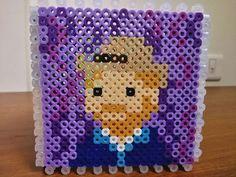 Perler Bead Templates, Diy Perler Beads, Pearler Beads, Fuse Beads, Hama Beads Patterns, Beading Patterns, Plastic Bead Crafts, Van Gogh, Minis