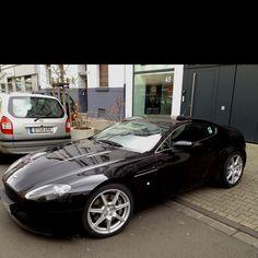 Aston Martin, Yes please!