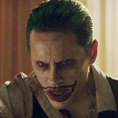 I got my nails done so ignore my typos :) Jared Leto Movies, Jared Leto Joker, Joker Pics, Joker Art, Joker 2016, The Cw Shows, Joker And Harley Quinn, New Chapter, Gotham City