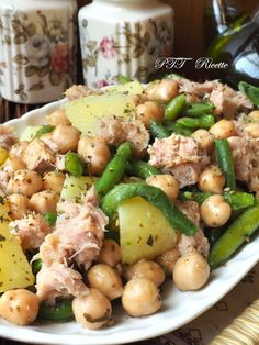 Single salad dish with chickpeas, tuna, potatoes, green beans – PTT Recipes – Typical Miracle Easy Delicious Recipes, Healthy Recipes, Cena Light, Confort Food, Salad Dishes, Best Italian Recipes, Light Recipes, Food To Make, Good Food