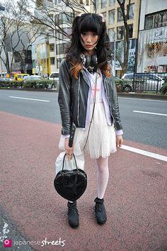 Arisa Mukaide  harajuku, tokyo  SPRING 2012, girls  Kjeld Duits    MODEL, 20    Jacket – N/A  Dress – N/A  Tights – N/A  Shoes – ELVIS LUCE