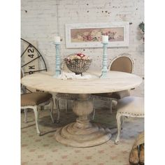 Painted Cottage Chic Shabby French Linen Round Dining Table What Shape Chandelier For Round Table Comedor Shabby Chic, Cocina Shabby Chic, Muebles Shabby Chic, Shabby Chic Dining Room, Shabby Chic Furniture, Shabby Chic Decor, Painted Furniture, Shabby Chic Round Table, Refinished Furniture