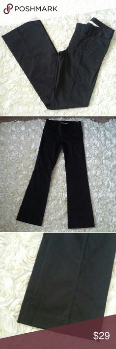"""ALICE + OLIVIA Blue Sateen Formal Flare Slacks 4 Deep midnight blue sateen finish flare leg low rise formal slacks. Features faux leather trim on front and back pockets, and a flattering slimming stitch seaming going down the middle front legs. Great pre-owned condition. Looks barely worn although looks like there is just a tad bit of light dirt on the inside label. 42"""" long, 34"""" inseam, 8"""" waist drop, 32 to 32.5"""" around waist band. Has a zipper and hook closure. Made with cotton and…"""