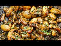 Reteta absolut delicioasa de ciuperci de usturoi! Rețetă simplă și ieftină! - YouTube Easy Dinner Recipes, Appetizer Recipes, Easy Meals, Appetizers, Garlic Mushrooms, Stuffed Mushrooms, Easy Mushroom Recipes, Veg Dishes, Chicken Wings
