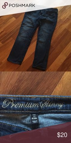 GAP premium skinny jeans Indigo blue, gently worn . Fit well . GAP Jeans Ankle & Cropped