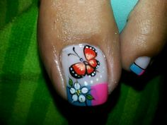 Mariposa Toenail Art Designs, Fingernail Designs, Pedicure Designs, French Pedicure, Pedicure Nail Art, Toe Nail Art, Feet Nails, Toenails, Butterfly Nail Art