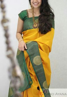 Trendy Sarees, Stylish Sarees, Fancy Sarees, Cotton Saree Blouse Designs, Half Saree Designs, Silk Saree Kanchipuram, Silk Sarees, Indian Bridesmaid Dresses, Saree Trends