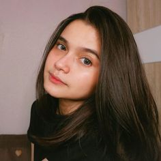 Instagram Pose, Instagram Story Ideas, Crying Girl, Fake Girls, Ulzzang Korean Girl, Fashion Photography Poses, Uzzlang Girl, Bff Pictures, Girl Inspiration