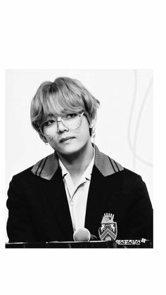 Tae in glasses is a blesimg