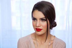 MAQUIAGEM CLÁSSICA E SEXY USANDO BATOM VERMELHO! Por Camila Coelho. #Makeup #Tutorial #Beautufil #Matte #HairStyle #Beauty #RedLipstick #Red #Batom #Vermelho