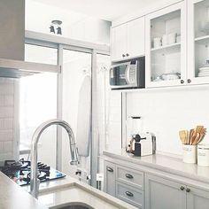 Separar a lavanderia da cozinha ou não? Eis a questão! Queria tdo integrado pra não diminuir o espaço, mas lavanderia é bagunça né? Por mais linda que seja. Help! #cozinha #kitchen #laundry