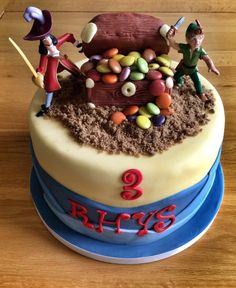 Captain Hook trying steal Peter Pans Treasure Box! Birthday Cake for a Happy Little Pirate!