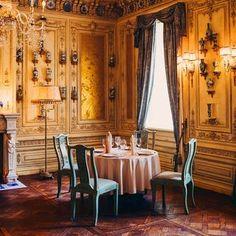 РЕСТОРАН TVRANDOT / ТУРАНДОТ (@turandot.palace) • Фото и видео в Instagram European Cuisine, Architecture, Interior, Home Decor, Arquitetura, Decoration Home, Indoor, Room Decor, Interiors