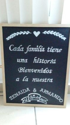 Pizarra de bienvenida DIY para la boda ✂   ¡Mira paso a paso explicado por la novia!  Bodas.com.mx// #bodascommx #wedding #letrerodeboda #bodamexicana #bodasdiy