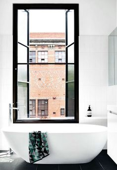 Giant Windows over the tub