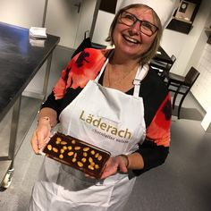 Blog post at Chocolatour with Doreen Pendgracs | Chocolate Adventurist and Wizard of Words : Last fall, I had the pleasure of being invited on a Swiss chocolate tour with Alpenwild, specialists in Swiss travel tours. Alpenwild is one[..]