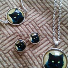 (4) piece jewelry set Stainless steel black cat pendant with chain,bracelet and earrings Jewelry
