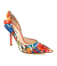 These colorful @Guess Who Who pumps are calling my name!!!