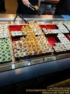 Sushi with Giant Crispy Filling   Food-And-Drinks Sushi