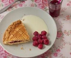 http://www.marmiton.org/recettes/recette_gateau-breton-a-la-confiture_28362.aspx#utm_source=NL_MarmitonDaily&utm_medium=Daily&utm_content=daily_180408&utm_campaign=marmiton_NL