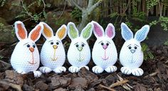 These adorable funny little guys will get everyone in mood for Easter and will certainly make you smile! So adorable and cute with those colored ears and with adorable little feet! These Little Easter Bunnies by Joanne Jordan are the perfect softies for Easter! Only 11cm tall, this little Easter bunny is a darling toy …