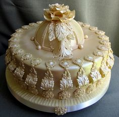 An extraordinary champagne luster torte with intricate sugar detail. By gifted cake artist Branka Jovanovic from Serbia...beautiful!