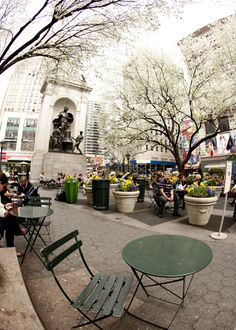 Spring 2012 in bloom Herald Square, Bloom, Nyc, Patio, York, Architecture, Spring, Outdoor Decor, Travel